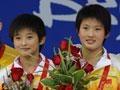 视频精编-女子双人十米跳台决赛 中国无敌组合夺金