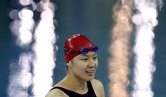 图文-女子4x100米混合泳预赛 中国队队员周雅菲