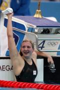 图文-女子800米自由泳决赛 英国泳将异常开心