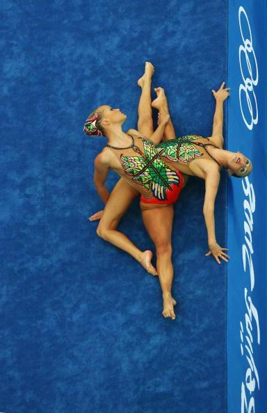 图文-奥运会花样游泳自由自选预赛 姿态相当优美