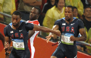 中国男子4x100历史性进决赛盖伊掉棒美国出局
