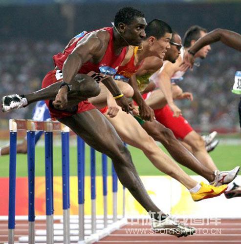 图文-[奥运]男110米栏半决赛 史东鹏小组第五