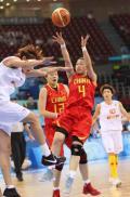 图文-[奥运会]中国女篮67-64西班牙 宋晓云后仰