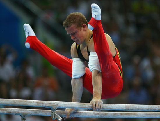 图文-体操男团中国夺得冠军 汉布钦很是沉稳