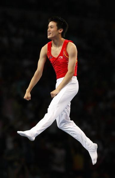 图文-奥运会蹦床男子个人决赛 陆春龙庆祝夺冠