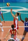 图文-中国女排3-0委内瑞拉 老将冯坤穿针引线