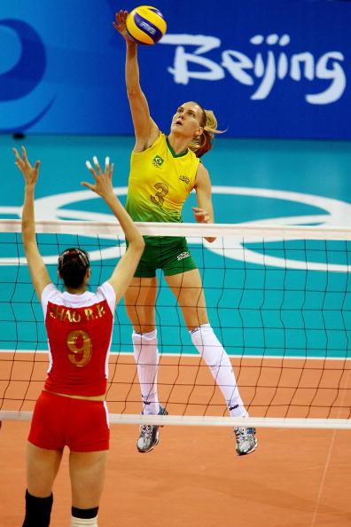 图文-女排半决赛中国0-3巴西 巴西姑娘优势明显