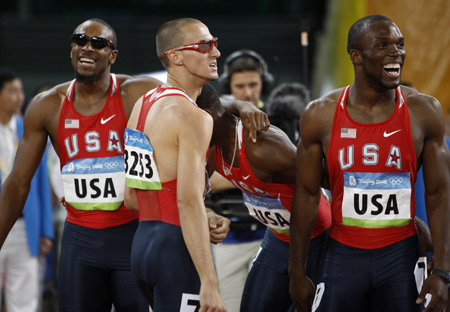 U.S. storms to 4x400m relay win with new Olympic record