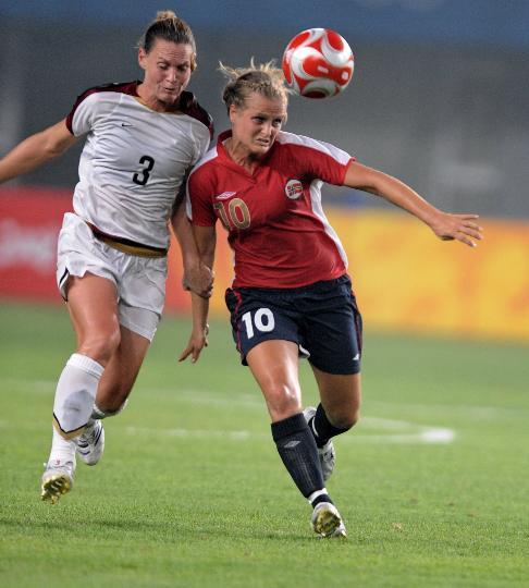 图文-[奥运会]女足挪威2-0美国 兰波内PK维克