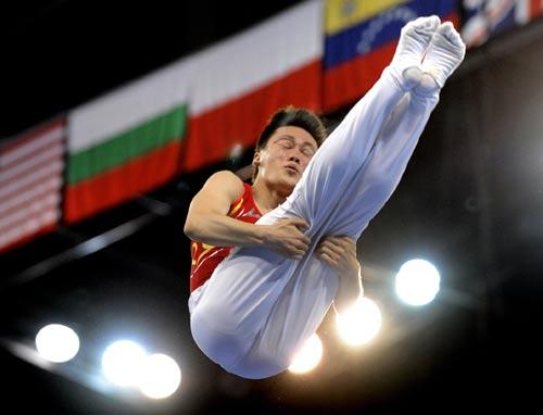 图文-奥运会蹦床项目精彩回顾 陆春龙英姿