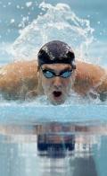 图文-菲尔普斯200米蝶泳破纪录夺金 水中飞鱼