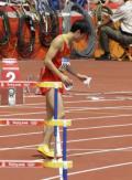 图文-刘翔退出110米栏比赛 这个动作预示了什么