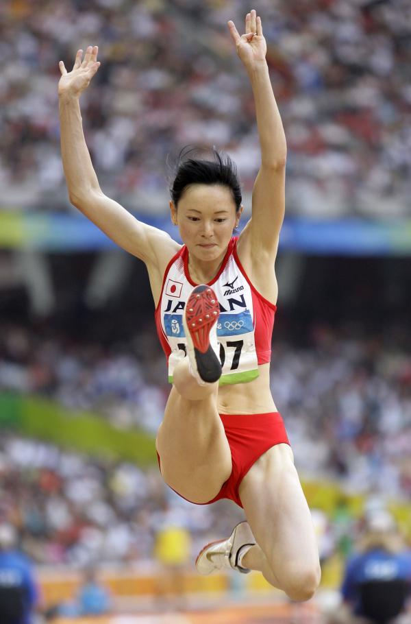 图文-奥运女子三级跳远决赛展开 日选手面容清秀