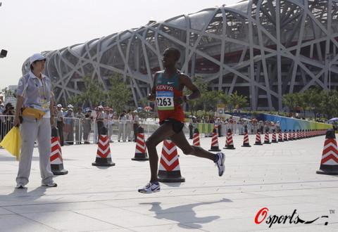 图文-奥运会男子马拉松决赛 鸟巢外决战