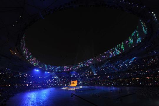 图文-2008北京奥运会开幕式 美丽的鸟巢内景