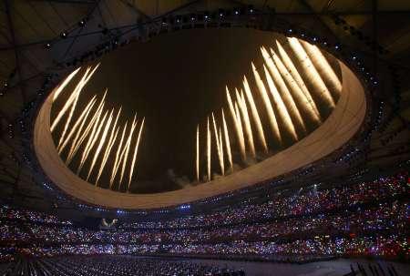 图文-北京奥运会开幕式盛大表演 焰火造型多变