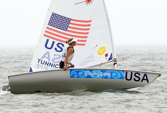 图文-女子单人艇激光雷迪尔级赛况 滕尼克利夫轻松领航