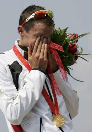 图文-男子铁人三项赛决赛 费勒德诺流下了眼泪