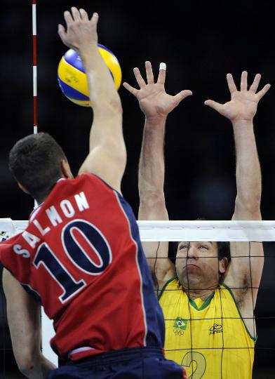 男子排球决赛美国VS巴西