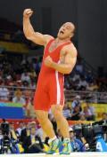图文-摔跤男子自由式120KG决赛赛况 冠军振臂高呼