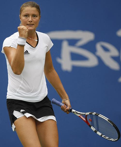 图文-[奥运]网球女单半决赛 萨芬娜关键时刻不手软