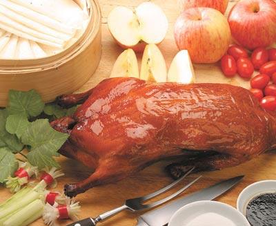 北京烤鸭简介:天下第一美味 外酥里嫩金黄油亮