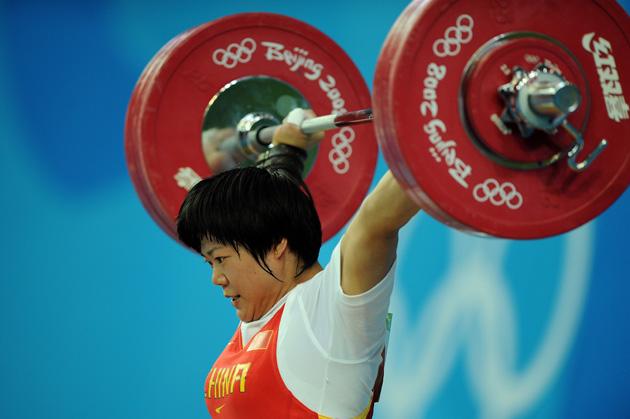 图文-[奥运]举重女子69公斤级 刘春红连续打破纪录