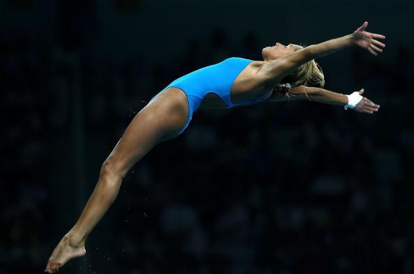图文-女子10米跳台20日赛况 选手起跳的一瞬