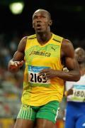 图文-男子一百米半决赛比赛 博尔特神情轻松
