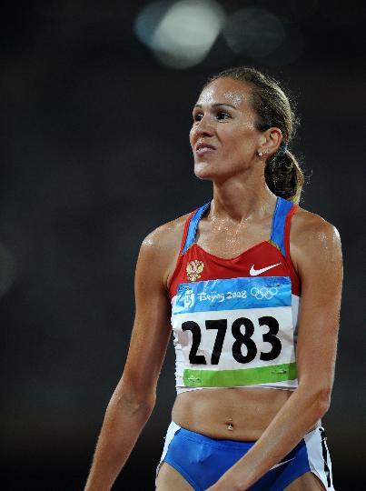 图文-女子3000米障碍俄罗斯选手夺金 开心的冠军