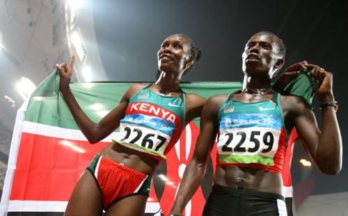图文-田径女子800米决赛打响 肯尼亚姐妹花