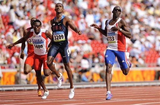 图文-奥运会男子400米预赛 预赛中的较量
