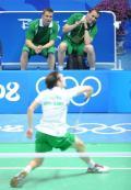 男子羽毛球单打赛开赛