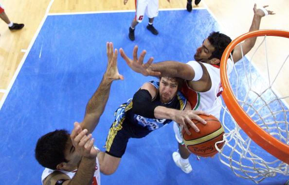 图文-[男篮小组赛]阿根廷97-82伊朗 以一敌二