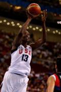 图文-奥运会19日女篮比赛赛场战况 准确跳投