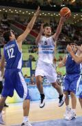图文-[奥运男篮]阿根廷80-78希腊 妖刀突破上篮