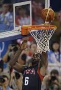 图文-男篮决赛美国胜西班牙 梦八终于夺回金牌