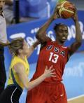 图文-[女篮决赛]美国92-65澳大利亚 帕克寻求支援