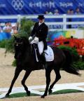 图文-奥运马术比赛三项赛盛装舞步 诺林优雅自如