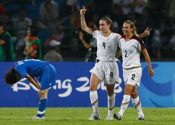 图文-[奥运女足半决赛]日本2-4美国 美国队又进球
