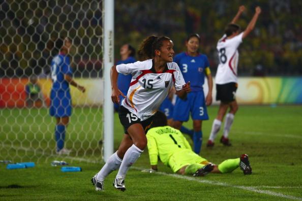 图文-德国女足2-0日本获铜牌 巴拉玛打入进球