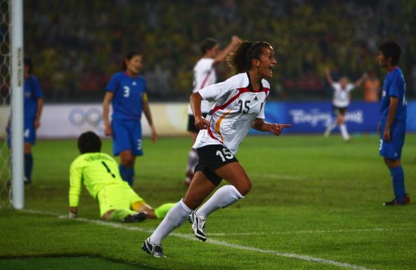 图文-德国女足2-0日本获铜牌 巴拉玛率先进球