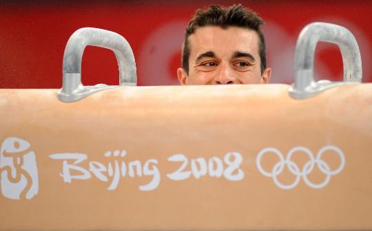 图文-体操各队亮相国家体育馆 意大利的布斯纳里训练