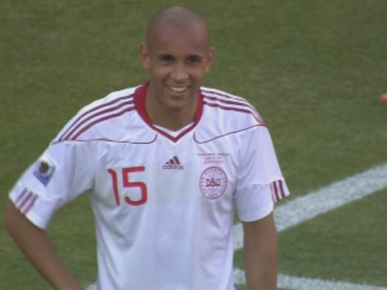 荷兰2-0丹麦 鲍尔森乌龙