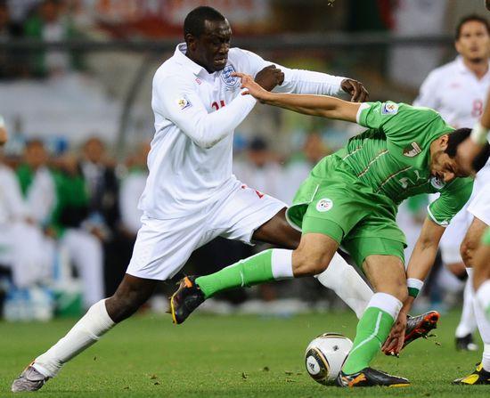 图文-[小组赛]英格兰VS阿尔及利亚赫斯基大步拦截