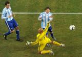 梅西渴望进球