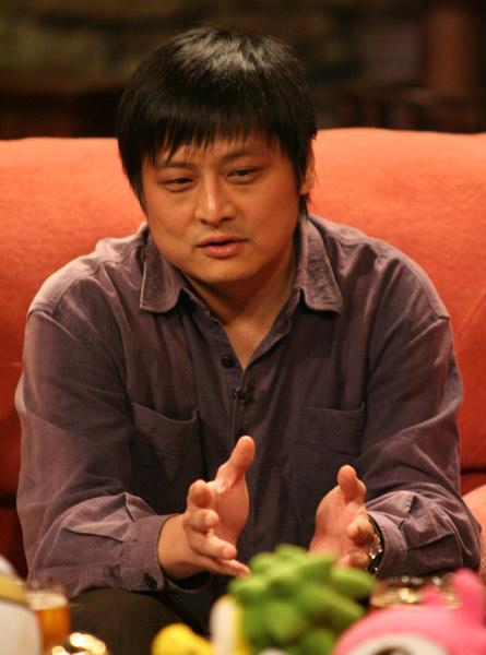 图文-张扬龚蓓�做客<黄加李泡>张扬分析比赛