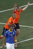 荷兰人反超了