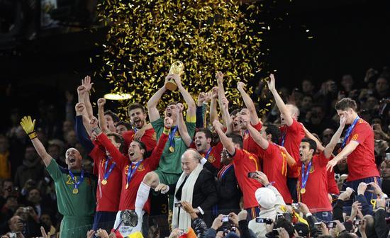 图文-[决赛]荷兰0-1西班牙西班牙队受宠