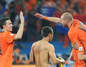 荷兰2-1逆转巴西 挺进世界杯四强